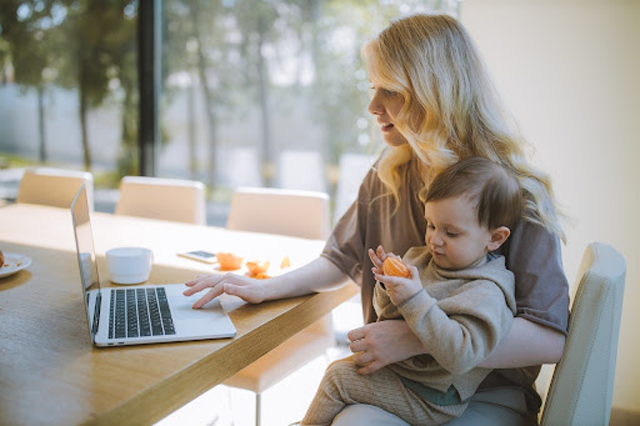 More businesses are shifting to long-term remote work, and many people may earn money online. (Credits: Anastasia Shuraeva, Pexels License, Pexels)